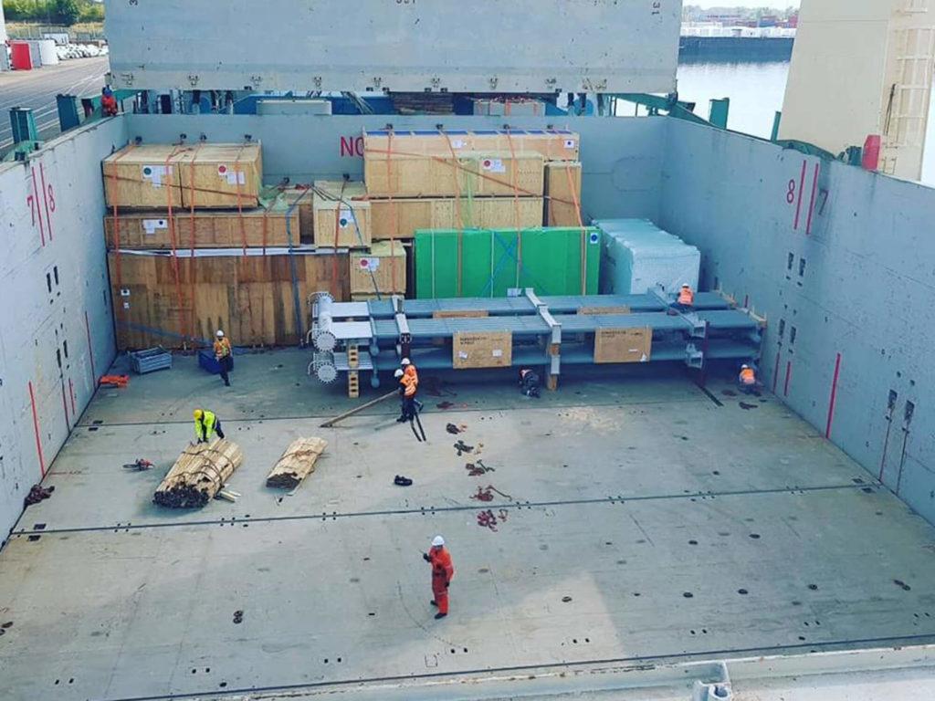 Seefracht und Verladung der Container